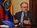 Embajador Emilio Izquierdo, Coordinador Político de UNASUR, concede declaraciones a la prensa (4340479275).jpg