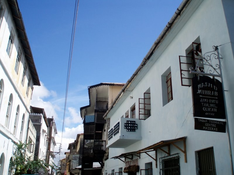 Entering the old town, Mombasa
