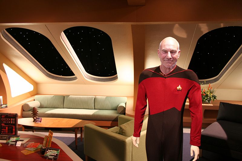 File:Enterprise-D crew quarters with captain Jean-Luc Picard.jpg