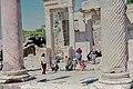 Ephèse. Ruines de la bibliothèque de Celsus en 1969.jpg