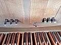 Erding-Klettham, St. Vinzenz (Orgelanlage, Spieltisch) (8).jpg