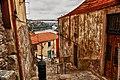 Escadas dos Guindais Oporto.jpg