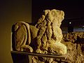 Escultura funerària de lleó postrat, Centre Arqueològic de l'Almoina de València.JPG