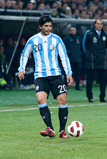 Ever Banega – Portugal vs. Argentina, 9th February 2011 (1).jpg