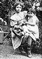 Ewa z Irena 1908.jpg