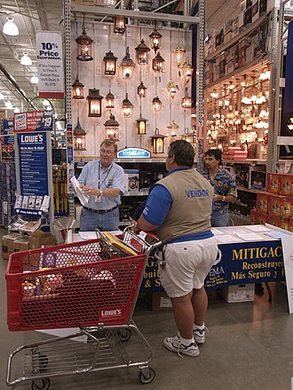 Lowe's - Interior in Orlando, Florida (2004)