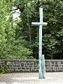 FFM Bockenheim Jakobskirche Kirchhof Kruzifix.jpg
