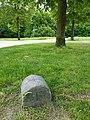 FFM Niddapark Grenzstein 18 b.jpg