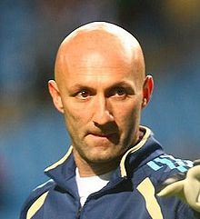 Fabien Barthez (cropped).JPG