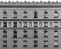 Facade of the Palace Hotel, San Francisco monochrome.jpg