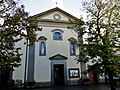 Facciata chiesa Castelnuovo Prato 2019.jpg