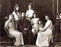 Family in 1913.jpg