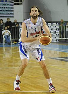 Argentine-German professional basketball player