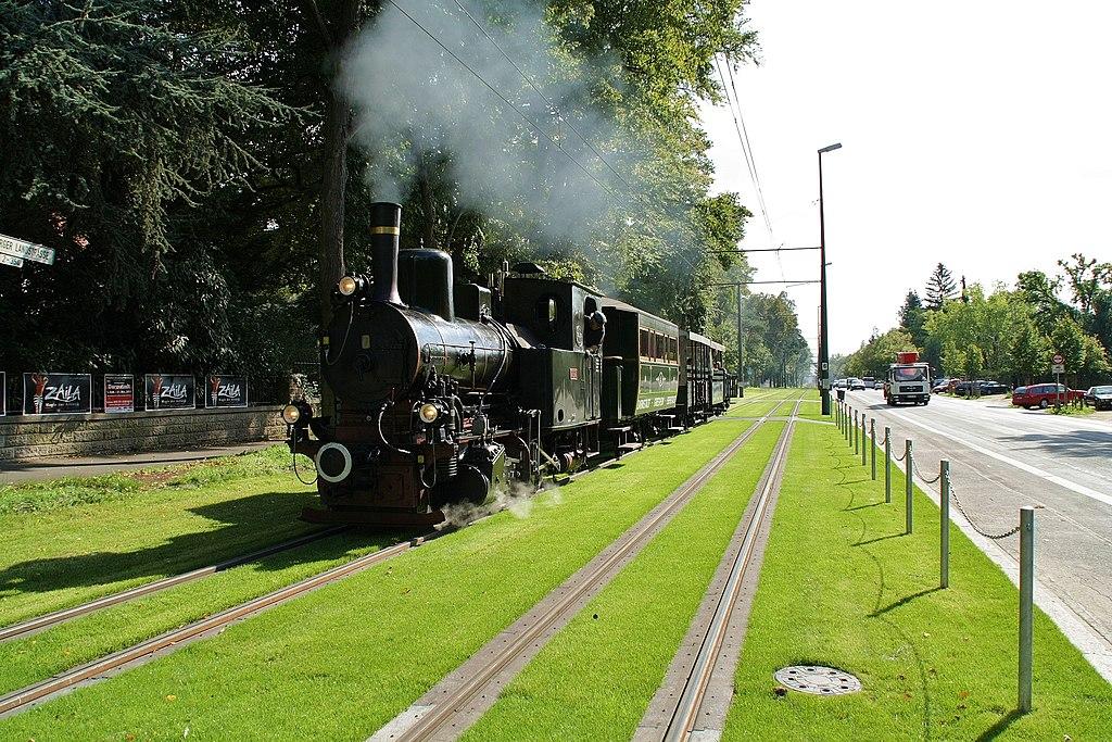Die Dampfstraßenbahn 1024px-Feuriger_Elias_Dampfstra%C3%9Fenbahn_Darmstadt_Heidelberger_Landstra%C3%9Fe