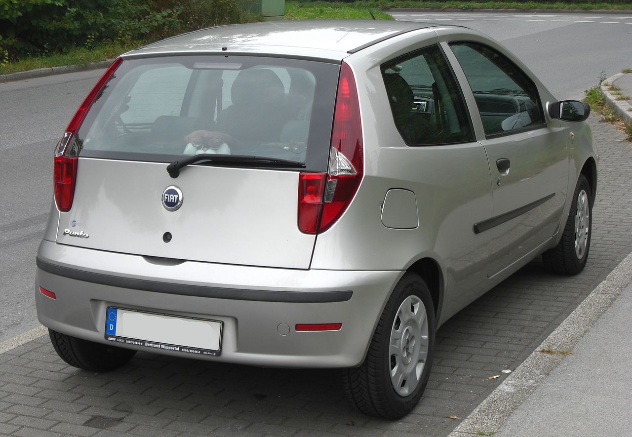 file fiat punto ii facelift rear jpg wikipedia. Black Bedroom Furniture Sets. Home Design Ideas