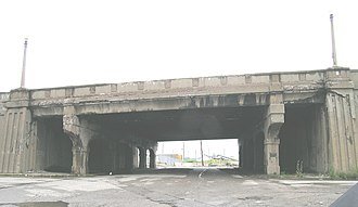 Fort Street–Pleasant Street and Norfolk & Western Railroad Viaduct - Pleasant Street at Fort, looking north