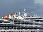 Fotos del crucero Carnival Breeze en el puerto de La Luz y de Las Palmas en Gran Canaria (8179698282).jpg