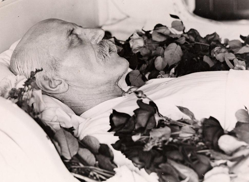 Fridtjof Nansen p%C3%A5 likstr%C3%A5, 1930