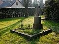 Friedhof Holthausen Grabstätte Größ.jpg