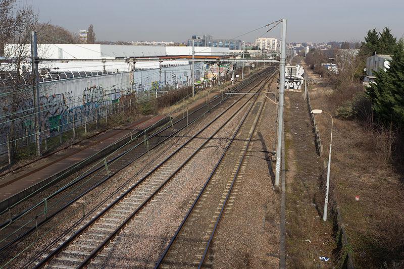 File:Gare de Grigny-Val-de-Seine - 5IMG 0133.jpg