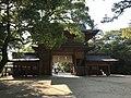 Gate of Oyamazumi Shrine from inner side 2.jpg