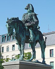 equestrian statue of General de Lariboisière