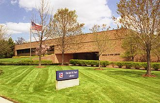 Gerald R. Ford Presidential Library - Image: Gerald R. Ford Presidential Library, spring