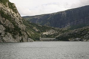 Glomfjord hydroelectric power plant with surroundings.JPG