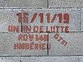 Graffiti Un an de lutte Gilets Jaunes à Ambérieu-en-Bugey.jpg