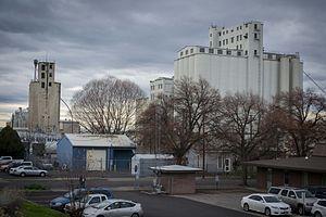 Pendleton, Oregon - Grain elevators in Pendleton