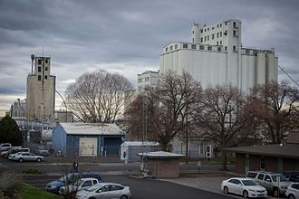 Pendleton, Oregon - Grain elevators in Pendleton