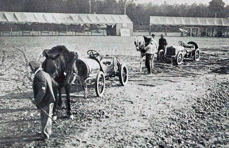file grand prix de l 39 acf 1906 des chevaux pour emmener les voitures au d part sans les. Black Bedroom Furniture Sets. Home Design Ideas