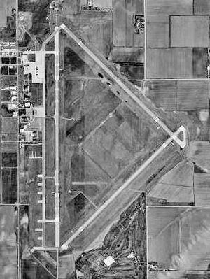 Central Nebraska Regional Airport - USGS 1999 orthophoto