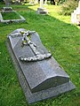 Grave, All Saints Church, Norton Bavant - geograph.org.uk - 976360.jpg