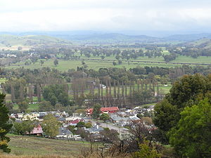 Gundagai - The town and the Murrumbidgee floodplain in July 2005.  The Hume Highway can be seen in the middle distance.