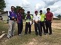 Guru-guru bersama Tuan Pengetua, Encik Madzlan Mahat.jpg