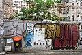 HK 上環 Sheung Wan 水坑口街 Possession Street footbridge 華里 Wa Lane wall picture 塗鴉 Graffiti June 2018 IX2 06.jpg