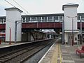 Harrow & Wealdstone stn mainline platforms look south.JPG
