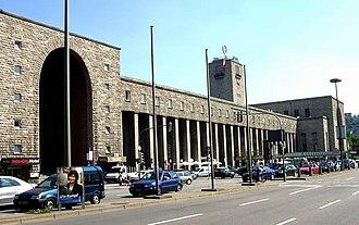 Stuttgart Hauptbahnhof - Station building (2004)