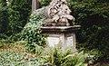 Highgate Cemetery - geograph.org.uk - 142871.jpg