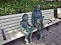 Hisaya-Ôdôri Park - Bronze statues of Mother and Daughter.jpg
