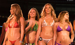 Swimsuit competition - Image: Hooters Bikini Contest