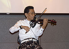 Idris Sardi at the National Library of Indonesia 06.jpg
