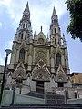 Iglesia de Nuestra Sra. de Lourdes en la Plaza Italia, Av San Martin Caracas - panoramio.jpg