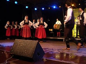 Kolo (dance) - Image: Igre iz Vranjskog polja
