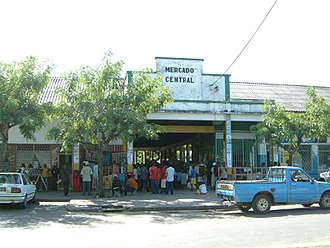 Mozambican Portuguese - Signage of Central Market of Inhambane, written in Portuguese.