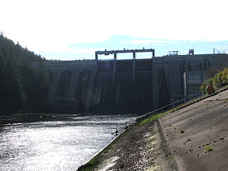 River Lee - In 2009, water was released in large quantities from the Inniscarra Dam, causing flood damage in Cork City