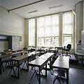 Interieur, overzicht van een klaslokaal - 's-Gravenhage - 20387489 - RCE.jpg