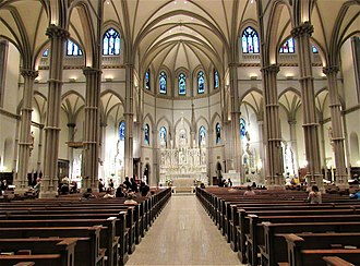 Saint Paul Cathedral (Pittsburgh, Pennsylvania) - Image: Interior of Saint Paul Cathedral Pittsburgh 01