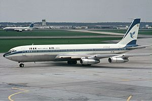 Frankfurt Airport - An Iran Air Boeing 707–320B at Frankfurt Airport in 1970
